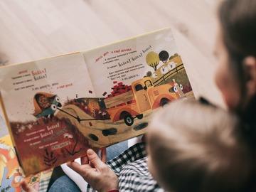 VeeBee Virtual Babysitter: Let's Read