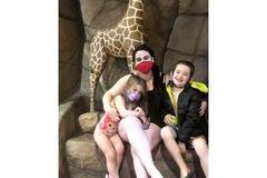 VeeBee Virtual Babysitter: Chanel