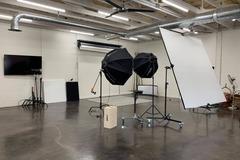 Hourly Rental: Story By Light Studio: Photography Studio