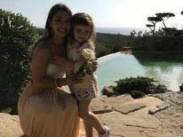 VeeBee Virtual Babysitter: DISCOUNT OFFER BABYSITTING with Educator Chantelle