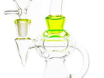 Post Now: Floating Quad Arm Showerhead Perc Water Pipe