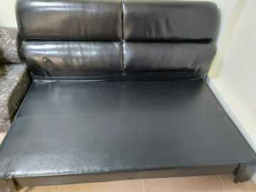 Selling without online payment: 3 seater sofa cum bed