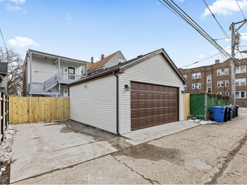 Monthly Rentals (Owner approval required): Chicago IL, Parking Spot Irving Park! Close to Highway!
