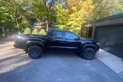 Renting out with online payment: 2021 Toyota Tacoma