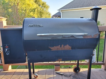 Renting out with online payment: Traeger Smoker Grill