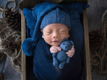 Fixed Price Packages: Creative Newborn Photography