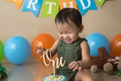 Fixed Price Packages: Cake Smash Photography