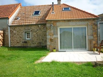 Location par mois: Maison F3 - Pierreville (60m²)