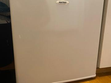 Myydään: Compact mini Freezer