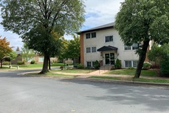 Renting out with online payment: Main St Rental - 1BR NE Mpls