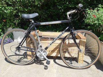 À vendre: Vélo tout chemin (VTC) ou mountainbike Peugeot Outdoor 500 M/L
