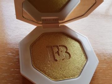 Venta: Fenty Beauty Iluminador Trophy Wife