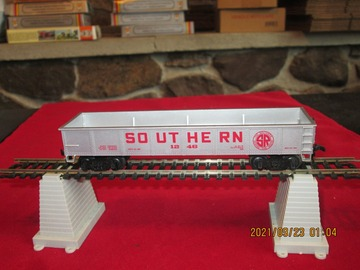 Selling with online payment: Bachmann Southern Gondola Item R41