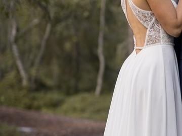 Ilmoitus: Myydään eternity bridal häämekko