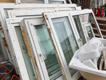Biete Hilfe: Biete Fenster und Sanitär
