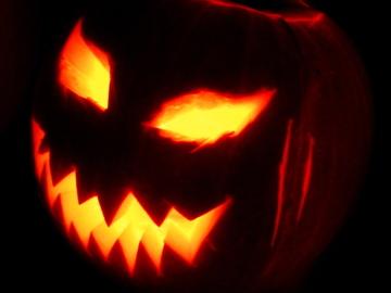 Selling: HALLOWEEN BONUS READINGS UNTIL 29th October