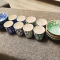 Selling: 8 x Flower cups and 8x bowls set