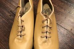 Selling A Singular Item: Tan Tap Shoes-Size 6.5
