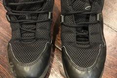 Selling A Singular Item: Hip Hop Shoes-Size 8