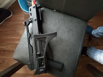 Selling: Airsoft g36c (Electronic blowback