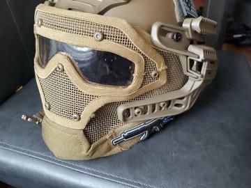 Selling: Airsoft full headcover helmet