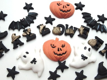 Delivery: Halloween Cake Decorations Mix
