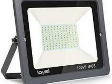 Suche Hilfe: LED Baustrahler gesucht
