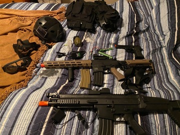 Selling: 3 airsoft guns and gear