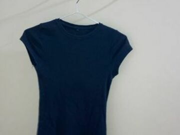 Selling without online payment: Blue T-Shirt :)