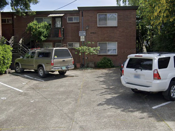 Monthly Rentals (Owner approval required): Seattle WA, Eisenhower Heights. Designated Space # 7