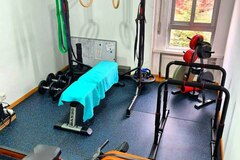 For queries only: Gimnasio para clases particulares