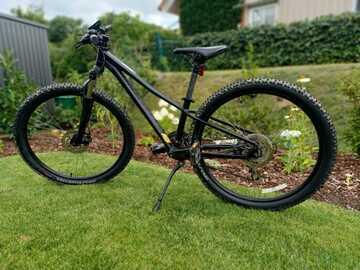 Verkaufen: Spezialized Men's Pitch Sport 27,5 Zoll Fahrrad/ Mountainbike für