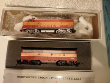 Selling with online payment: Bachmann Ho Southern Pacific Daylight F3 A/B