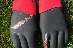 For Rent: 3mm O'Neill Psycho Gloves