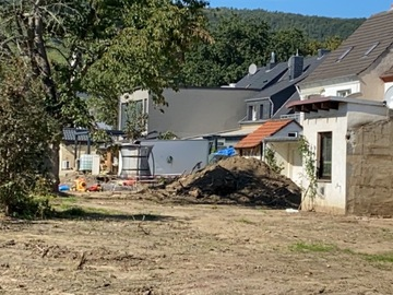 Suche Hilfe: Edelsplitt, Schotter -Großes Wiederaufbauprojekt für 12 Anwohner