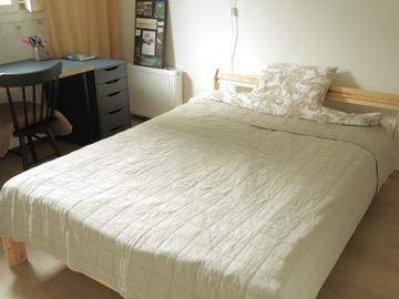 Selling: Bed frame
