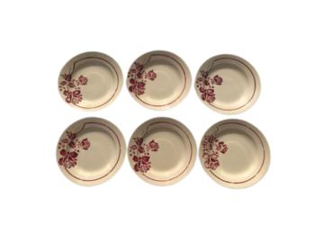 Vente: Série de 6 assiettes en faience de SAINT AMAND