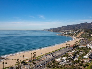 Monthly Rentals (Owner approval required): Santa Monica CA, Secure Covered Parking, Ocean Ave & San Vicente!
