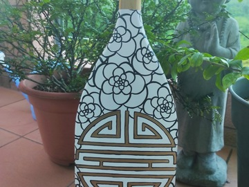 : Decorative Paddle/Oar - Gold Longevity and flowers. White
