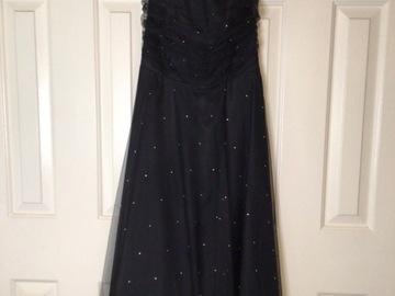 Selling A Singular Item: Scott McClintock Petite Strapless Evening Gown