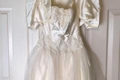 Selling A Singular Item: Vintage Prom Dress