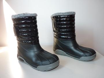 Vente: Bottes de neige noires fille T32-33 TBE