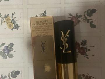 Venta: All Hours Stick maquillaje YsL