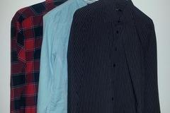Myydään: Three men's button-down shirts