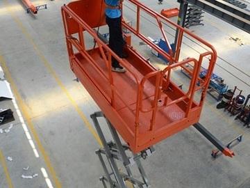 En alquiler: Plataforma de Elevación Tijera Eléctrica