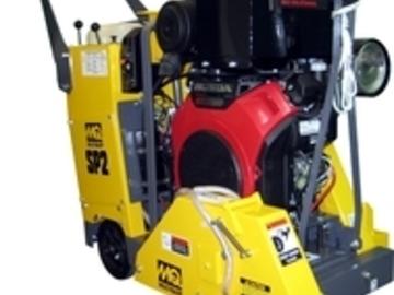 En alquiler: Aserradora Autopropulsada Multiquip SP2 Corte de Pavimentos