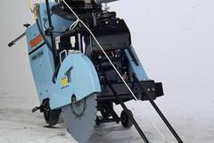 En alquiler: Aserradora Autopropulsada Multiquip Target PRO35