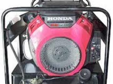 En alquiler: GRUPO ELECTROGENO DE 15 KVA TRIF. CON MOTOR HONDA