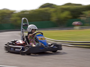 To experience: Karting Almancil - Family Park