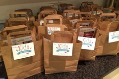 Selling a product: Lunch bags